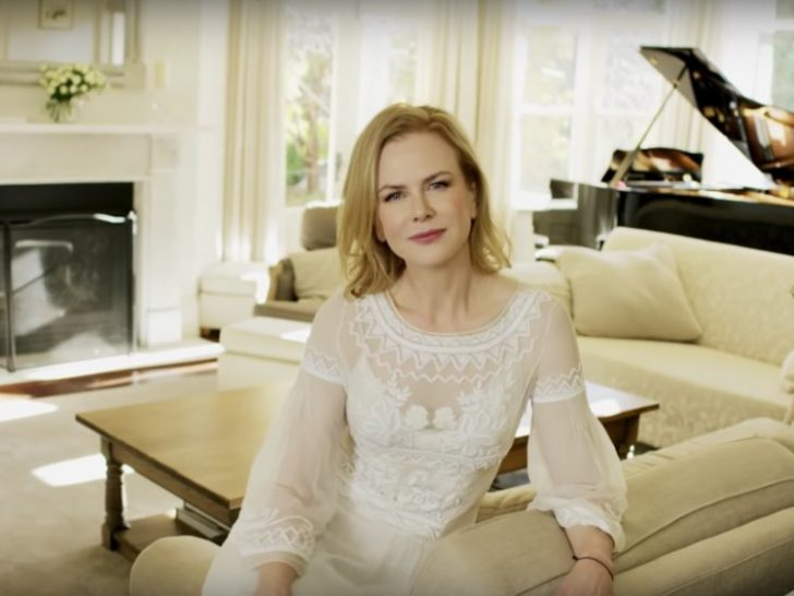 Nicole Kidman chose a white and creme color scheme in her mansion to preserve its pristine look.
