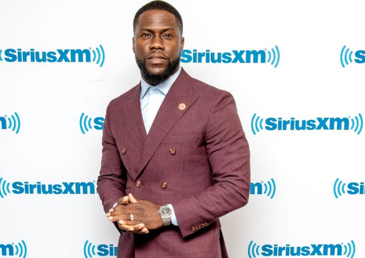 Kevin Hart graced the SiriusXM red carpet with his stunning outfit and jewelry.
