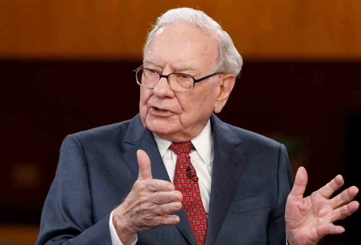 Warren Buffett may have funded his money on a Ponzi-scheme company unknowingly.